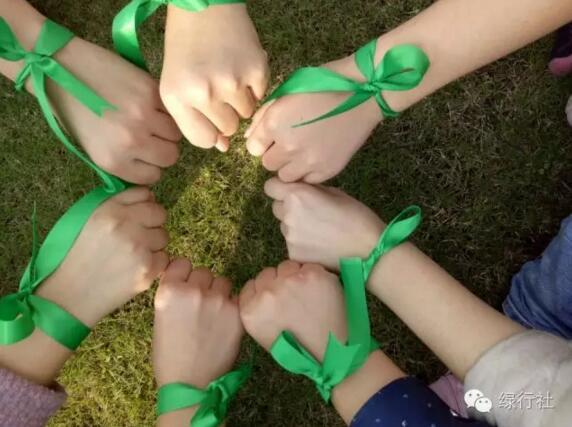 扬州大学绿行社为江豚奔跑